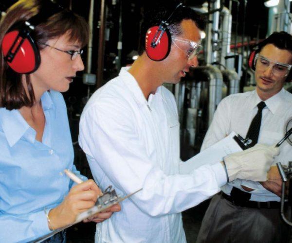 Luchando contra la exposición al ruido en el trabajo